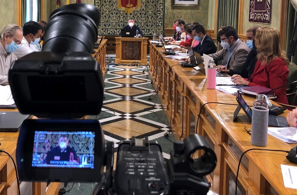 La Ejecutiva Local del PSOE da su apoyo inequ�voco al equipo de Gobierno de Dolz y lamenta la