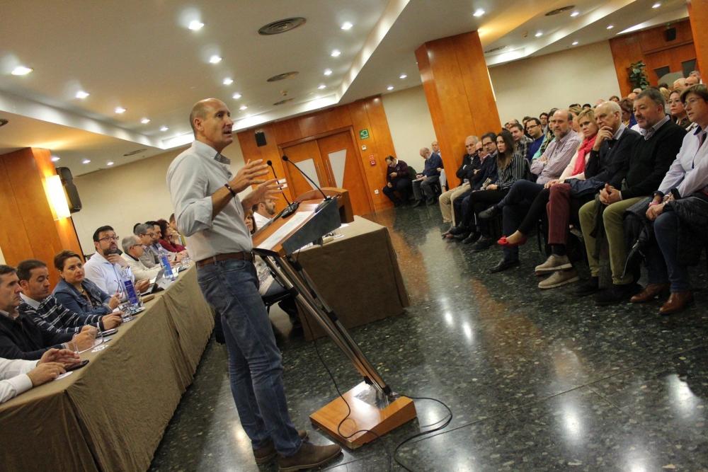 Una veintena de personas conforman la delegaci�n conquense para el 40 Congreso Federal del PSOE