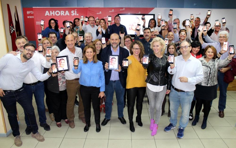 El PSOE de Cuenca arranca la campa�a con una pegada virtual de carteles