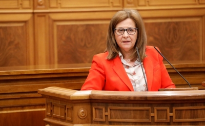 Gracias al Gobierno regional 5.000 interinos cobrarán los meses de julio y agosto, el mismo número que despidió el PP de Cospedal